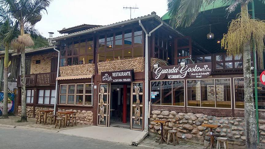 Restaurante Guarda Gosto – Praia da Guarda do Embaú – Palhoça SC